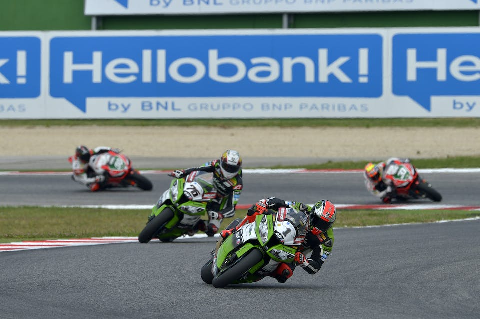 0936_R07_Sykes_action
