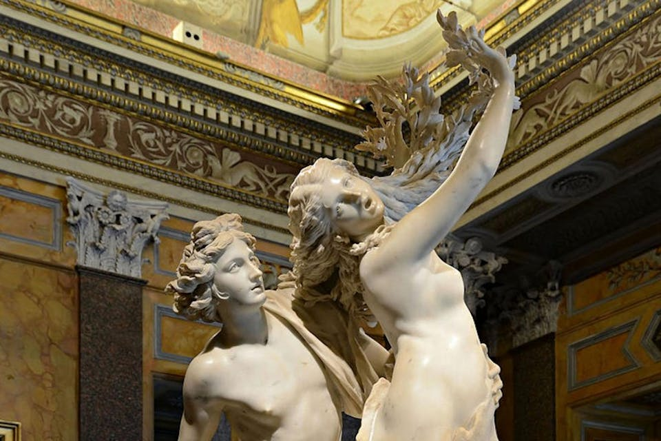 Apollo e Dafne, la scultura di Bernini sull'amore impossibile