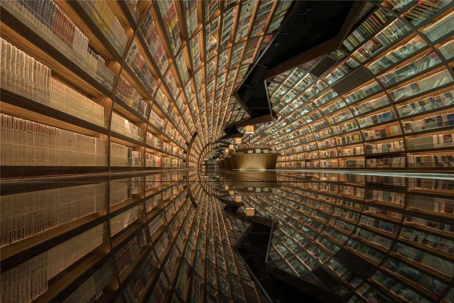 "Questa libreria in Cina è composta da un ""tunnel di libri"""