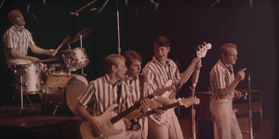 Questo video racconta i 50 anni di Pet Sounds dei Beach Boys