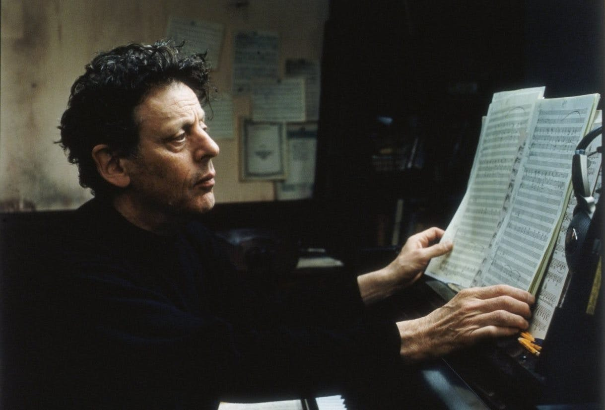 La splendida musica per il cinema composta da Philip Glass